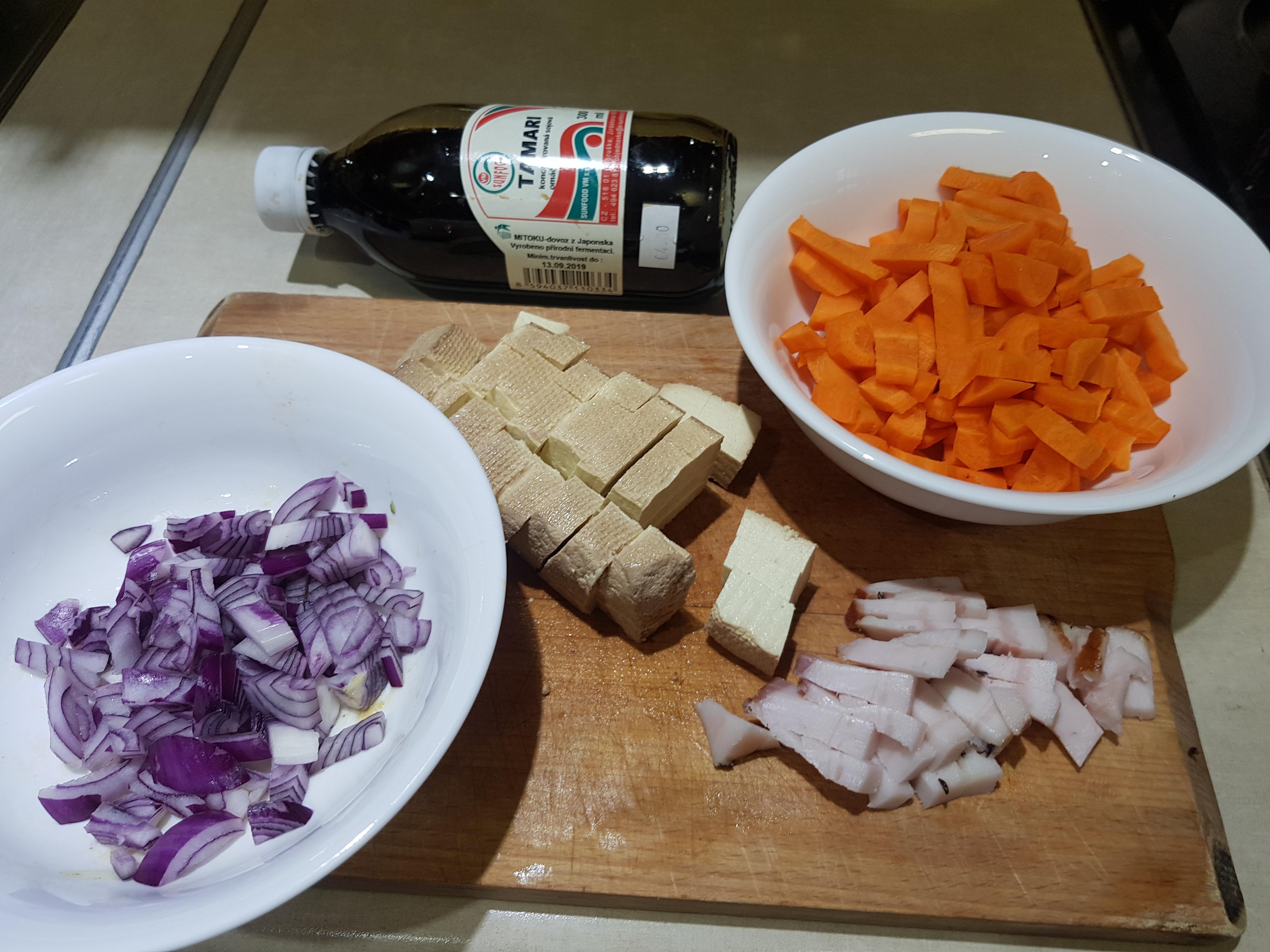 pečené tofu s mrkvou